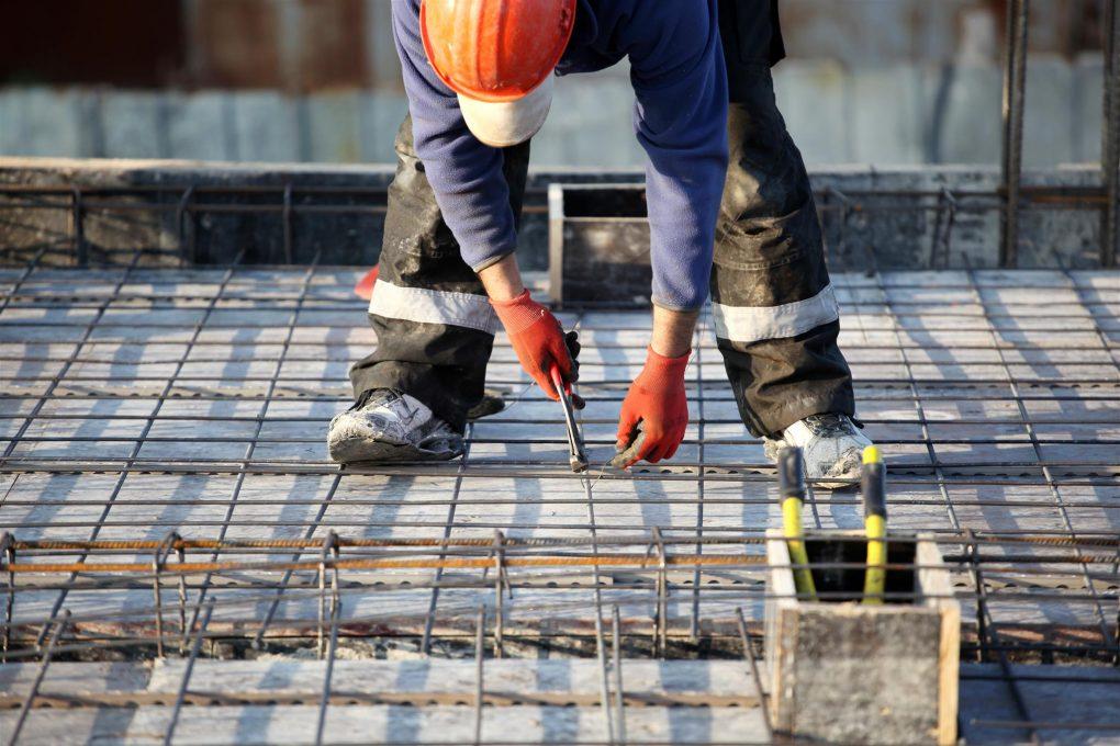 arbetskraft som arbetar med slipform-teknik | Artikelhubben