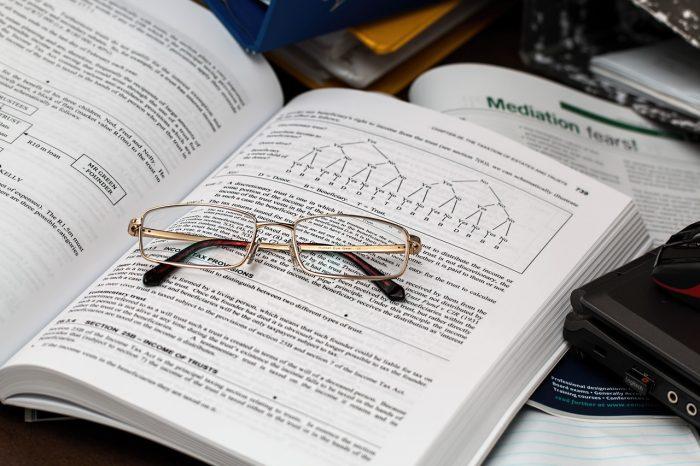 Du söker en bok om GDPR, ekonomistyrning eller andra läromedel för högskolan? Läs mera här.