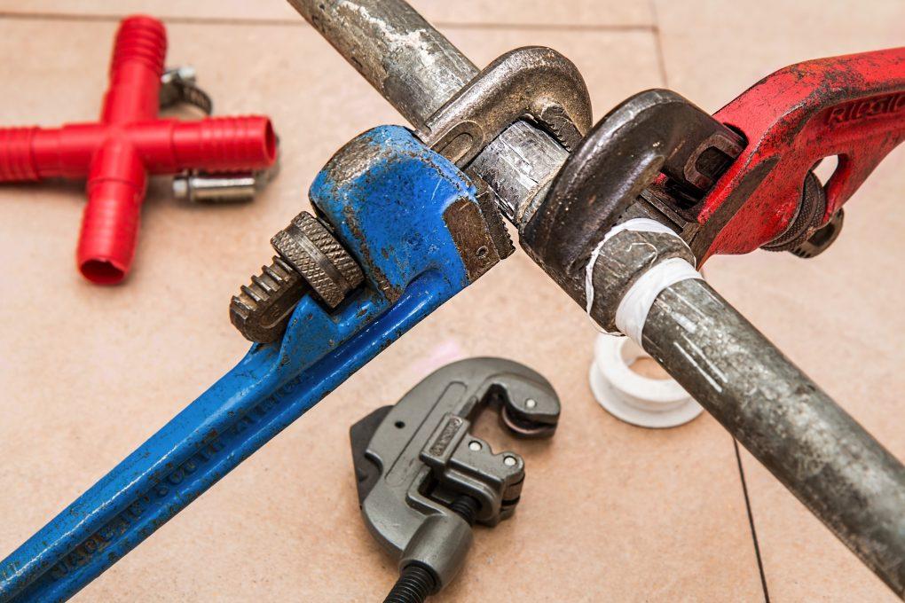 Fördelarna och nackdelarna med pressverktyg för VVS jämfört med andra metoder | Artikelhubben
