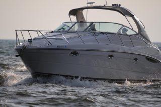 Boka en svensk båtutbildning och njut mer av livet på sjön