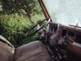 Tjäna pengar på att ta din bil till en bildemontering i Dalarna