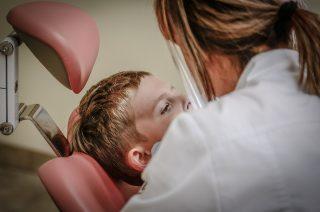 Hitta en professionell och noggrann akuttandläkare för alla oförutsedda problem i munnen