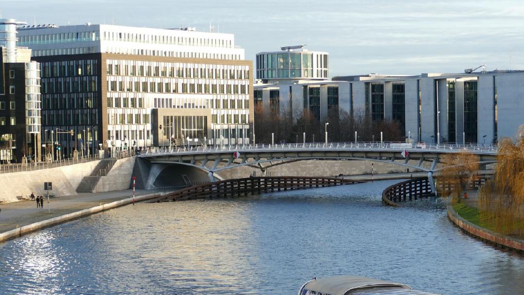 KONFERENS I BERLIN | Aritkelhubben